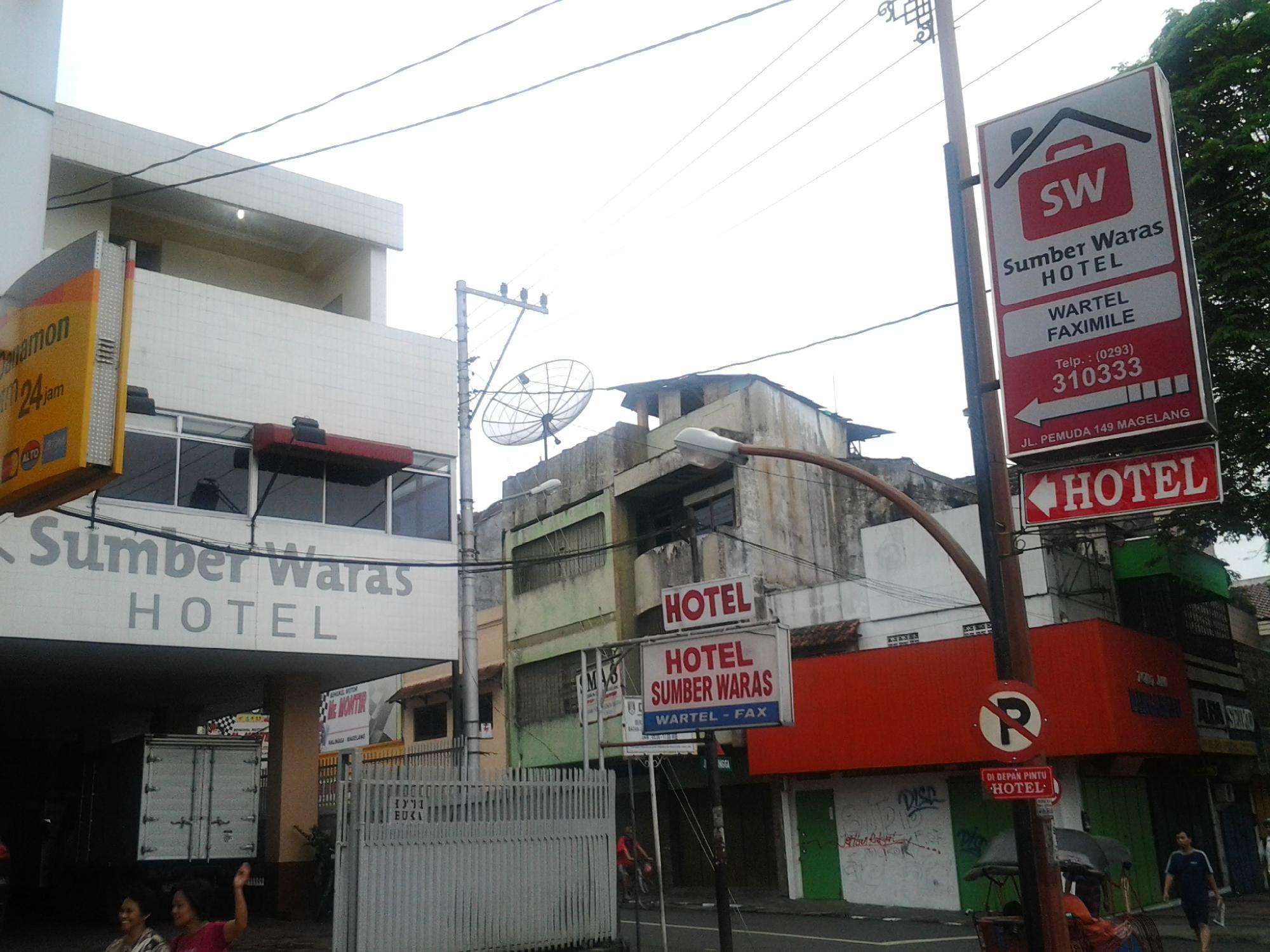 Hotel Sumber Waras