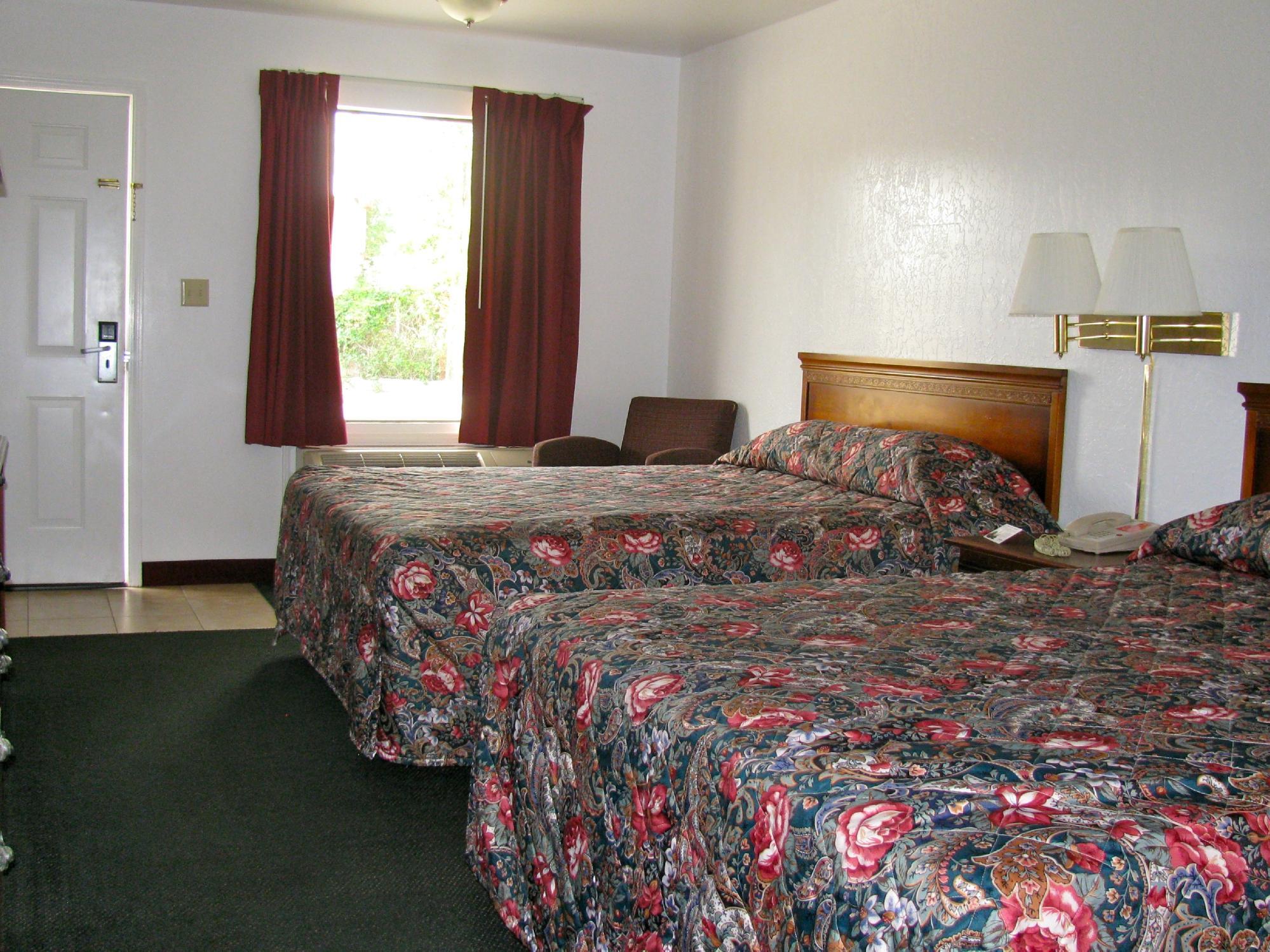 Traveler's Rest Motel
