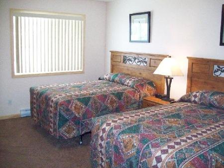 Dryden Motel & Suites