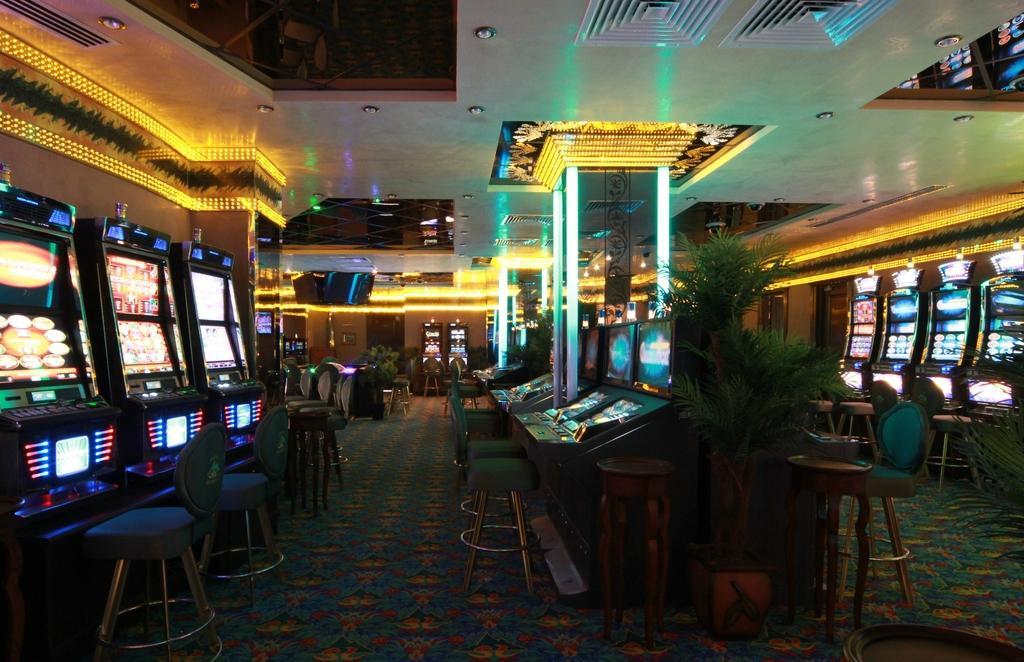 La casino treasury casino good friday