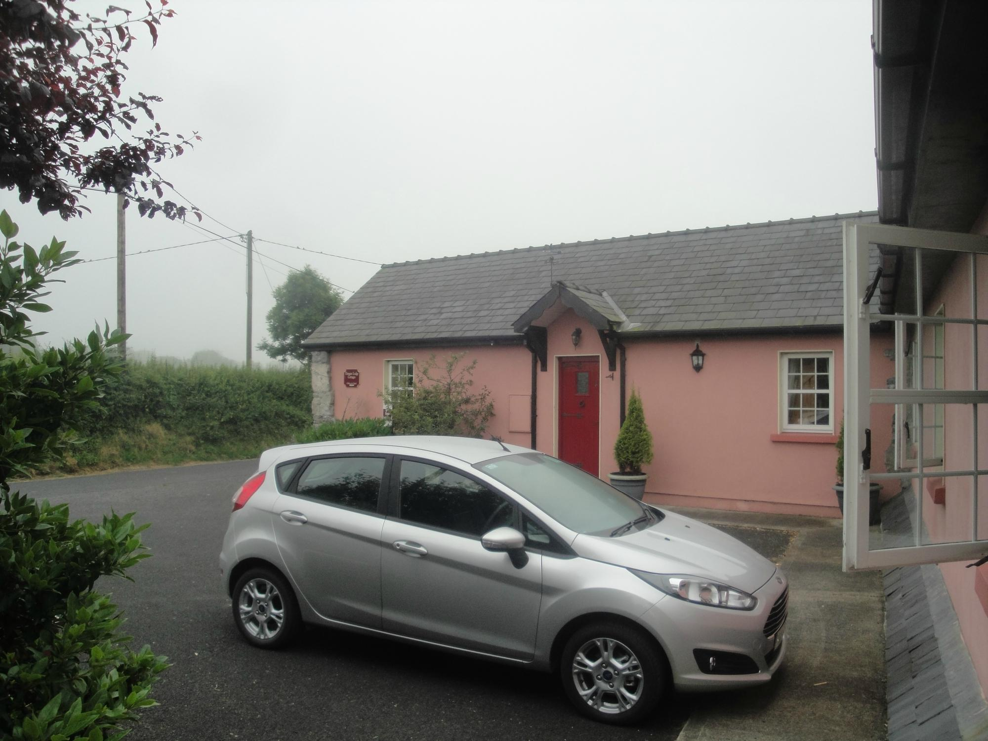 Dangan Lodge Cottages