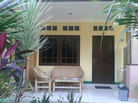 Koi Gili Guest House