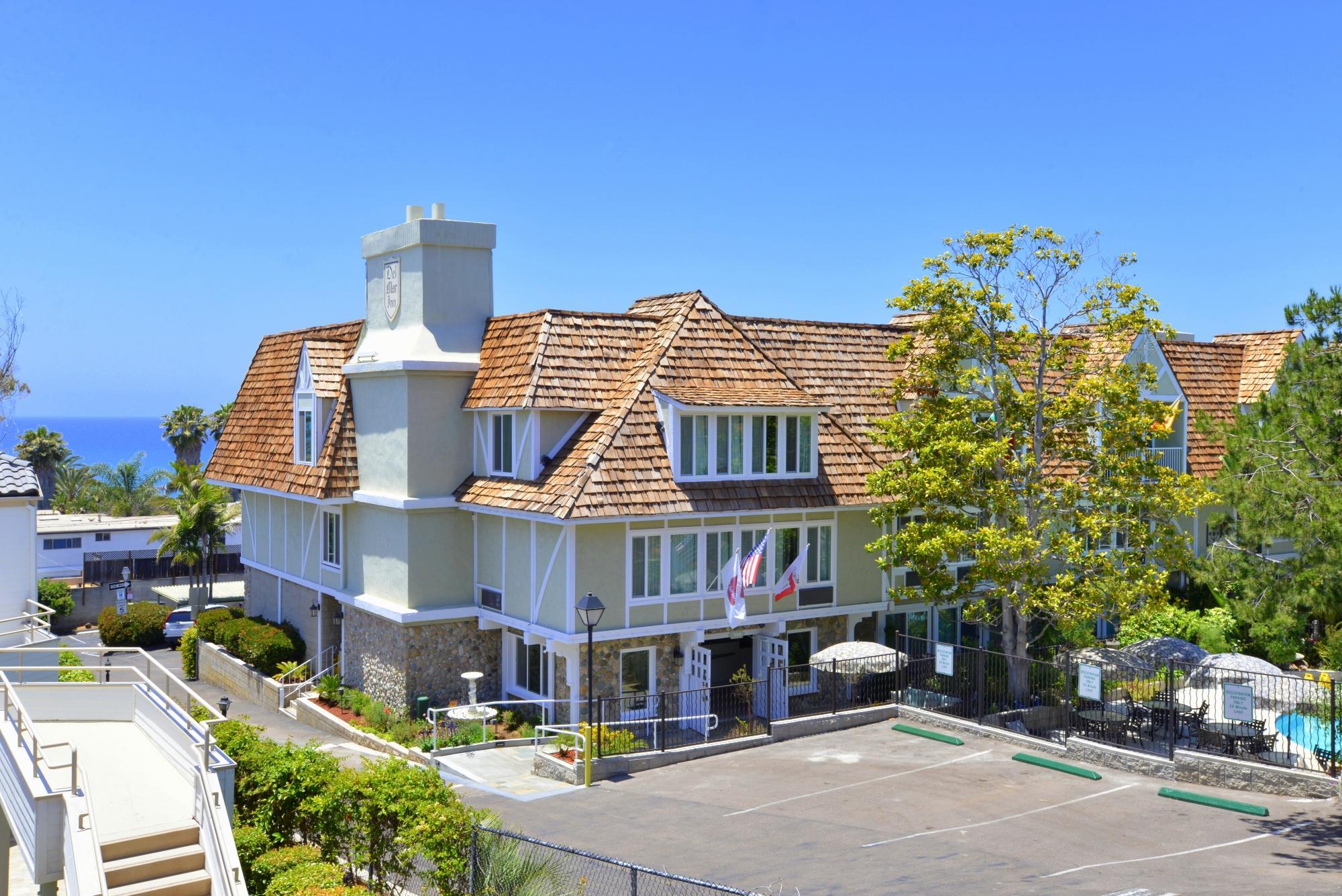 德爾馬克拉麗奧飯店