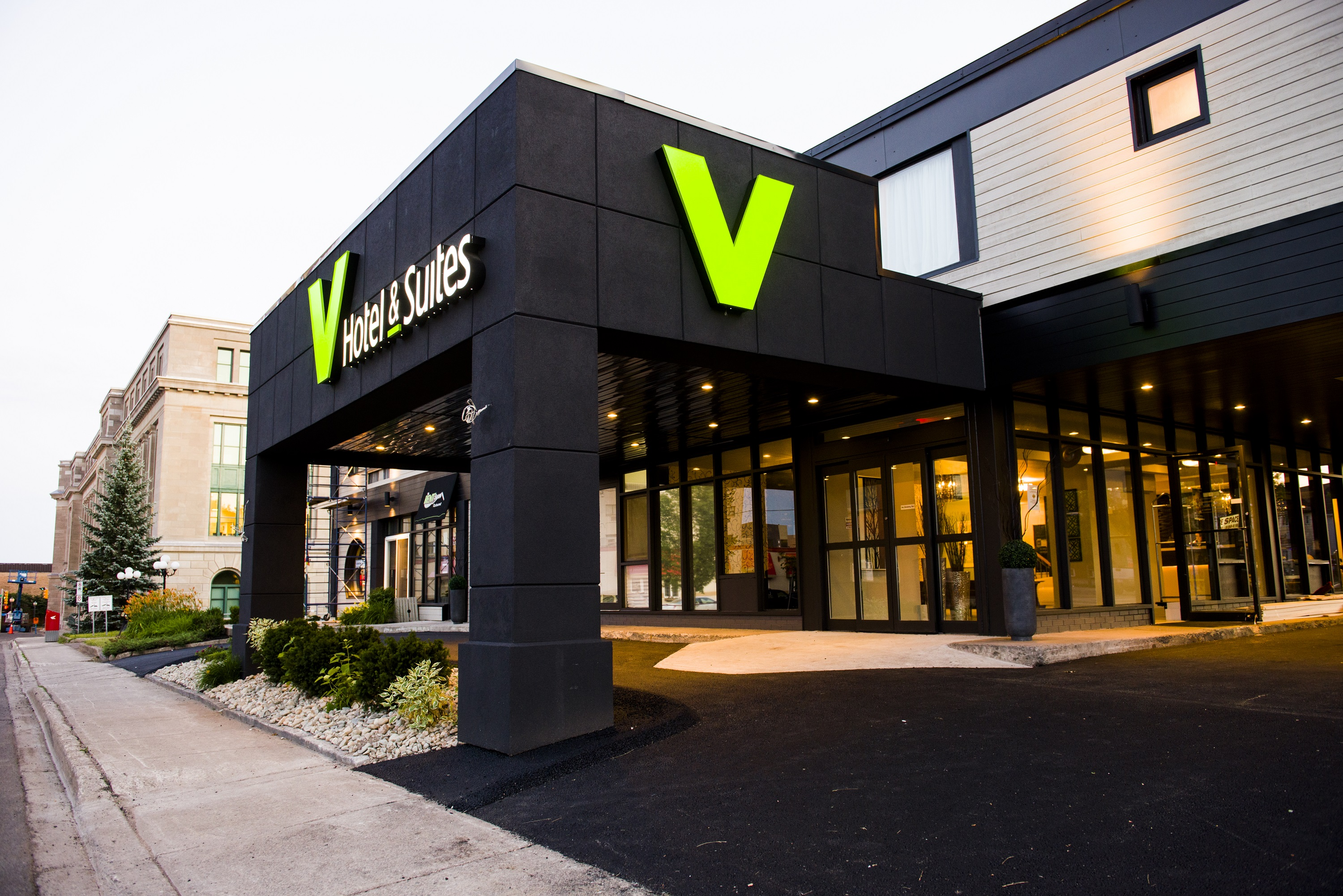 V Hotel and Suites
