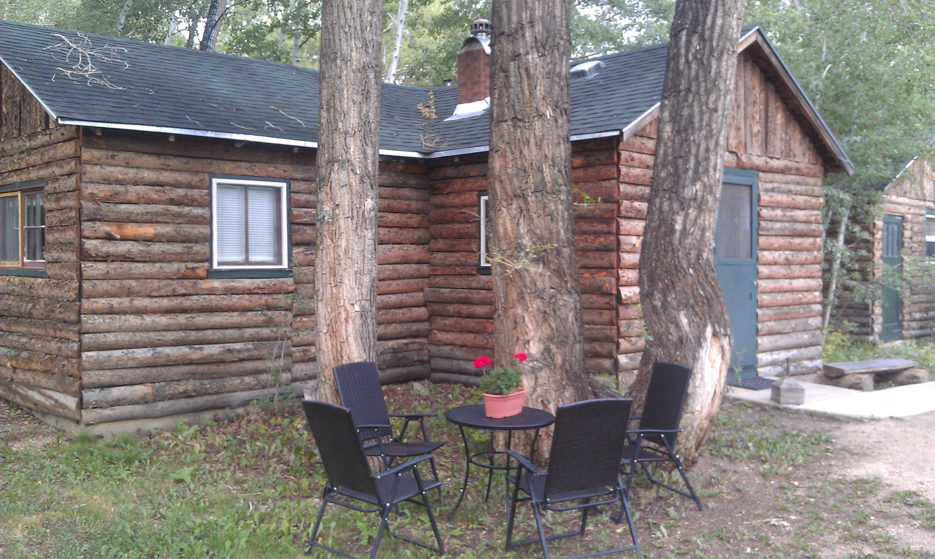 Elk Mountain Cabins
