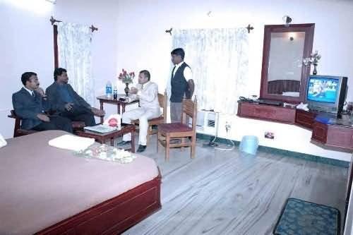 Hotel Parvathi Residency