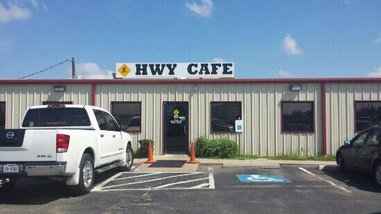 HWY Cafe & Tavern