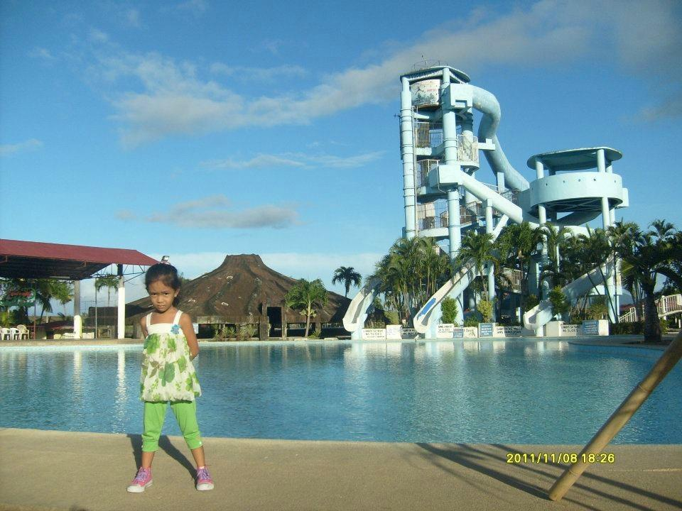 La Vista Pansol Resort