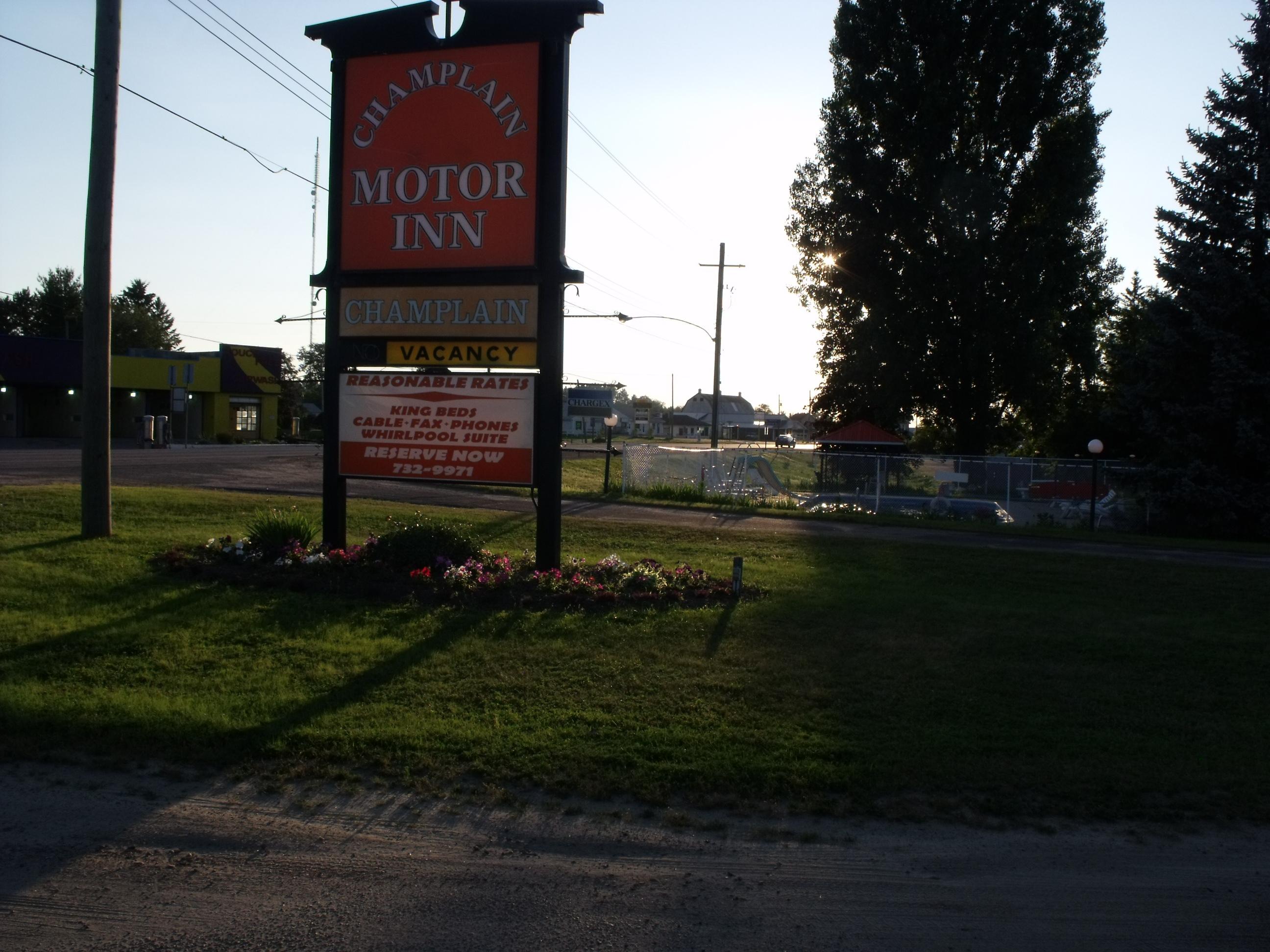 Copeland Champlain Motor Inn