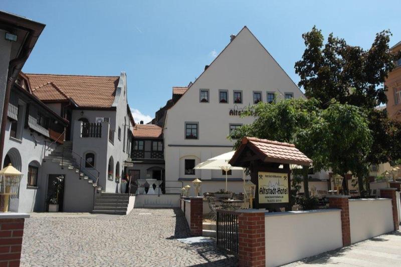 Beste Spielothek in Freiberg finden
