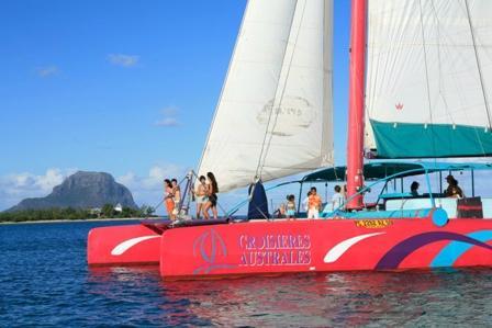 Croisières Australes Grand Baie-Day Cruises
