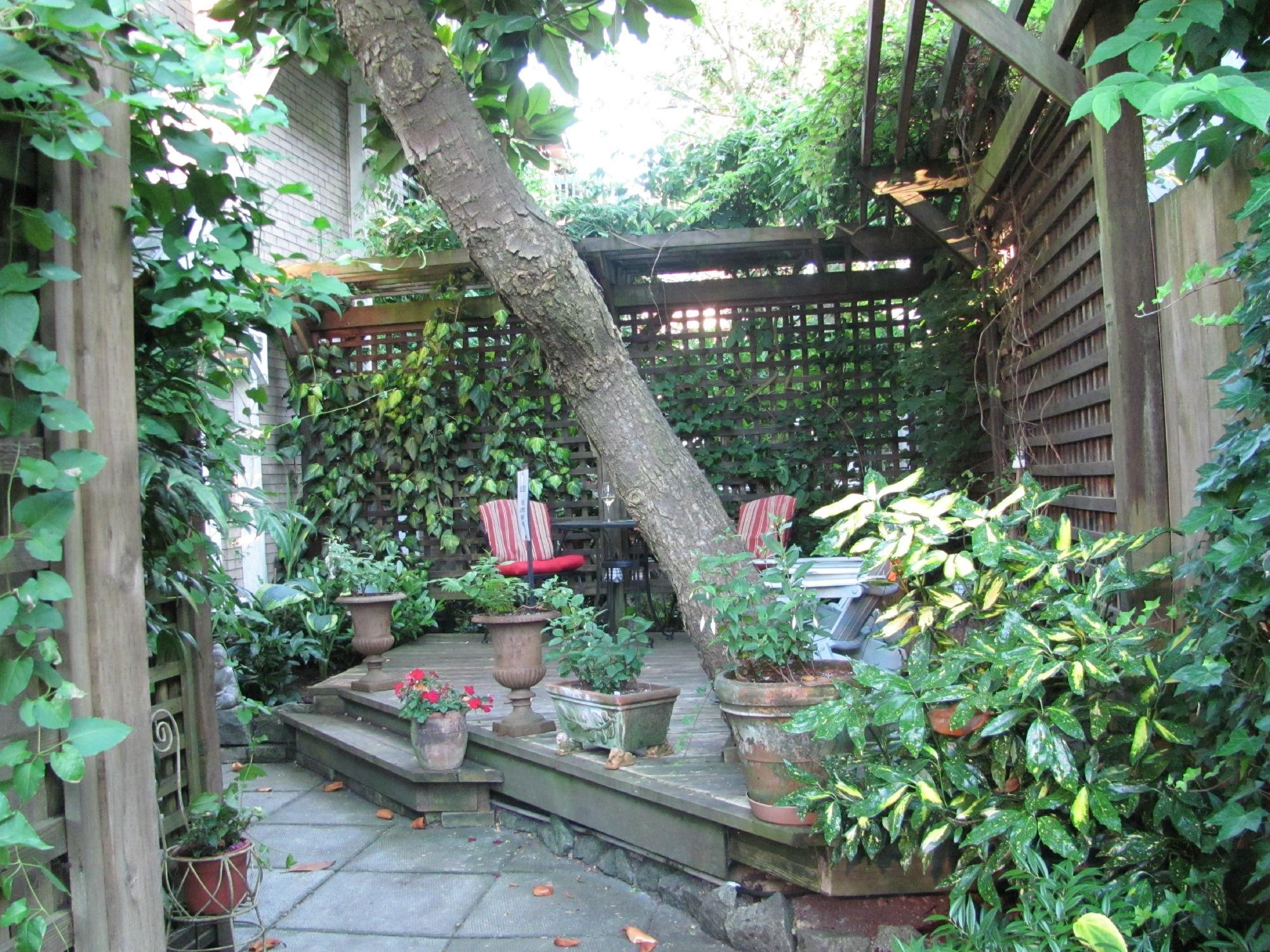 Kitsilano Garden Suites