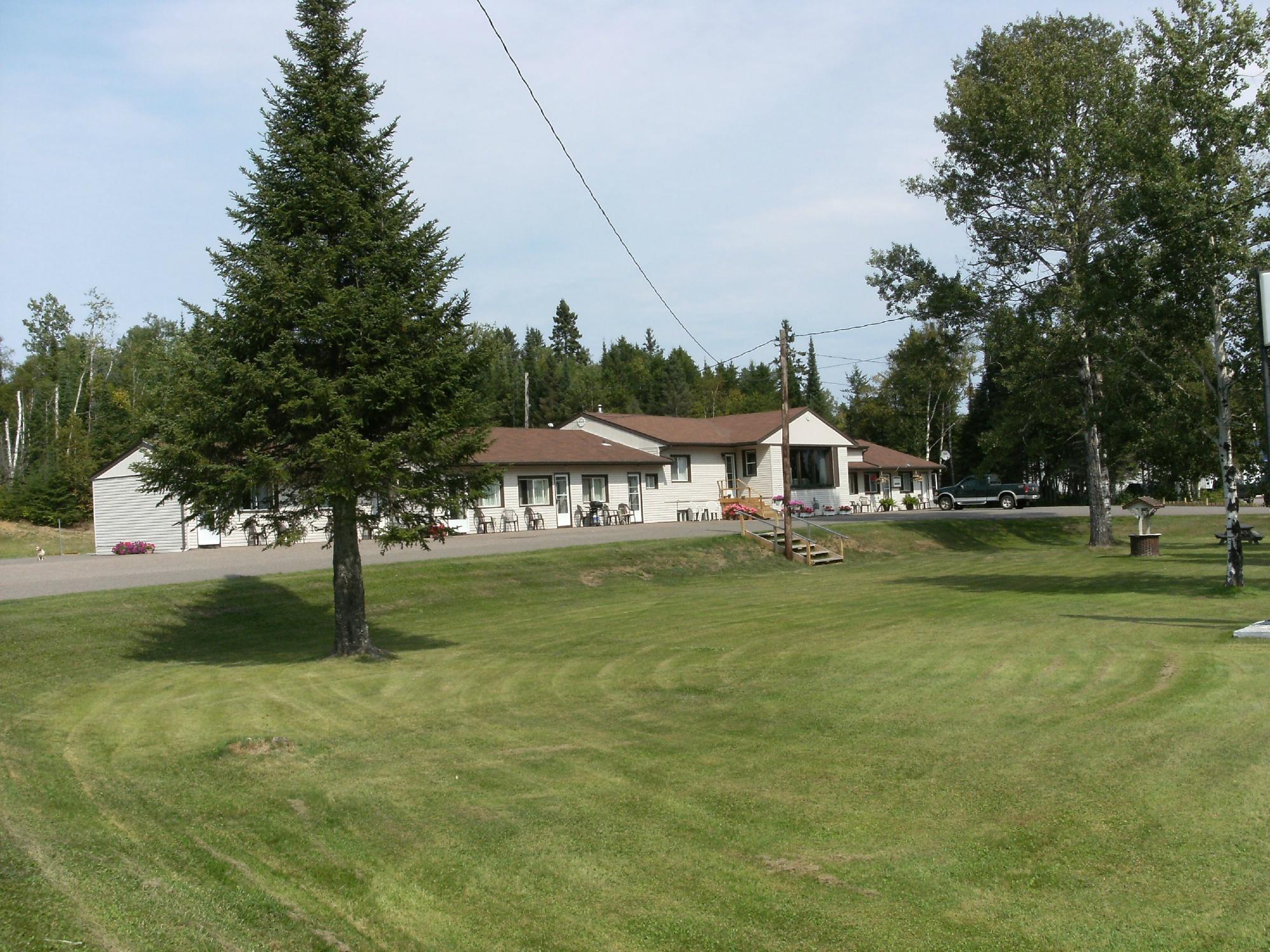 Birchville Motel