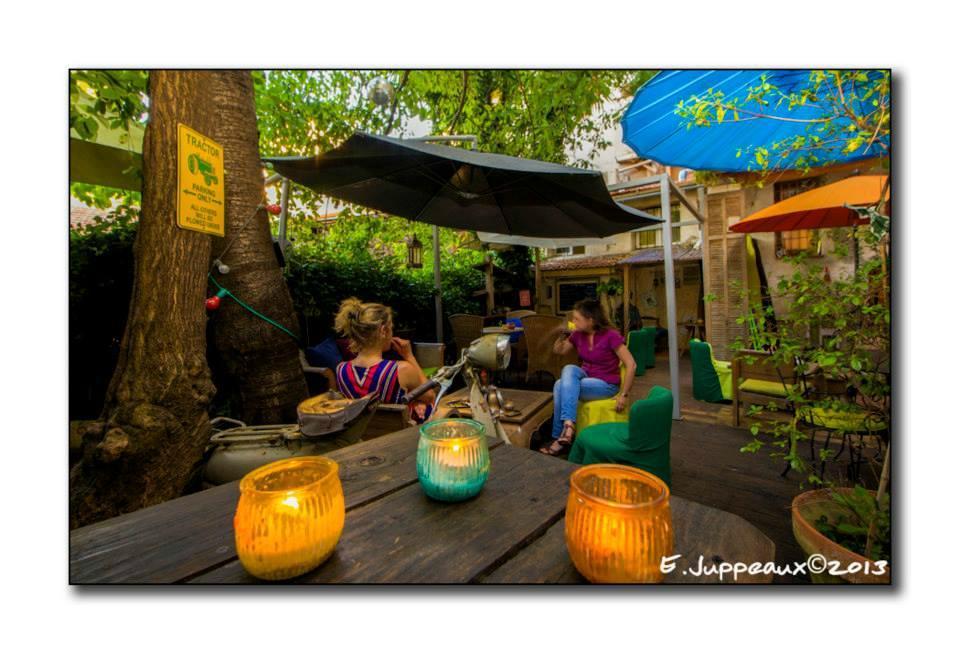Restaurant le jardin secret dans cannes avec cuisine for O jardin secret suresnes