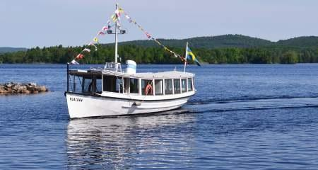 Tour boat Klacken
