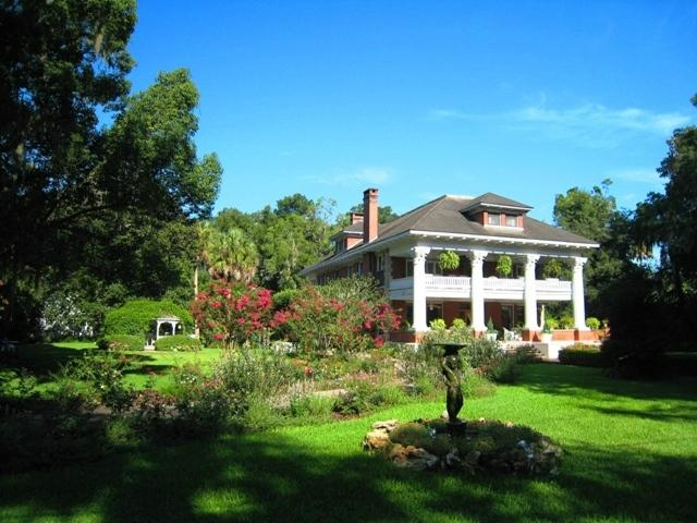 ‪Herlong Mansion Bed and Breakfast Inn‬