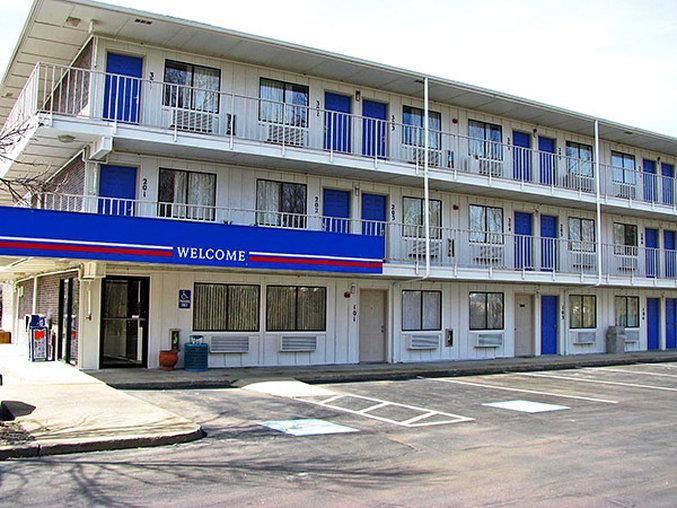 Motel 6 Cleveland Macedonia Prices & Reviews (Ohio) TripAdvisor