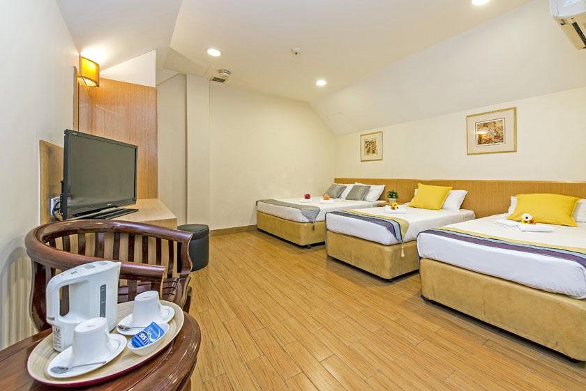 โรงแรม 81 ซากุระ