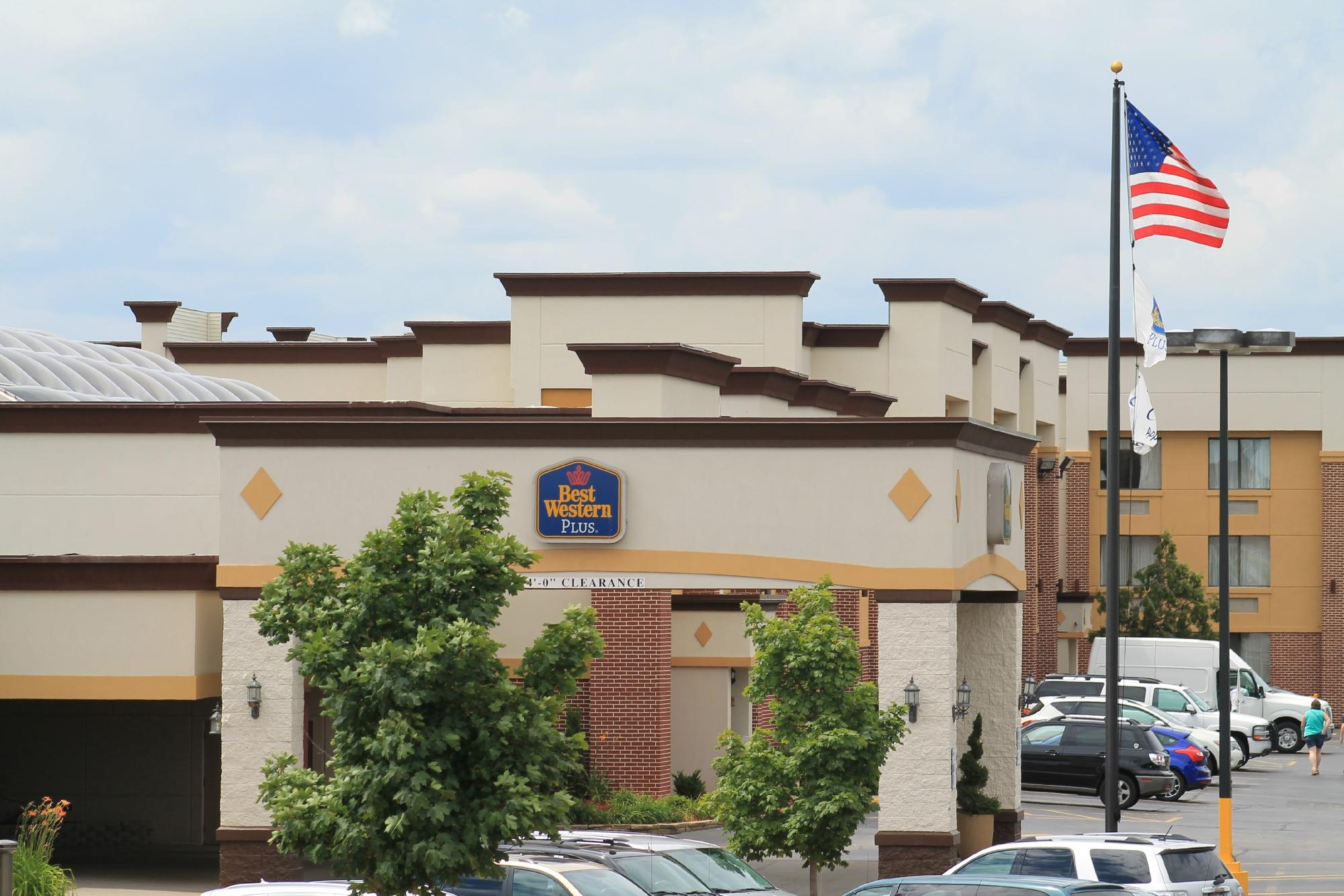 BEST WESTERN PLUS Milwaukee Airport Hotel & Conference Ctr.