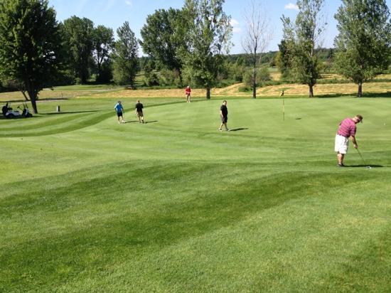 CreeksBend Golf Course