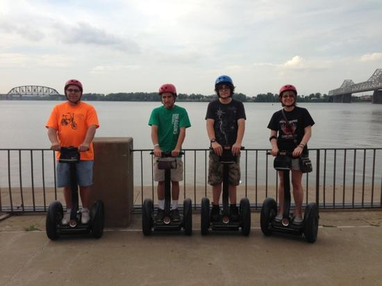 ‪Louisville Segway Tours by Wheel Fun Rentals‬
