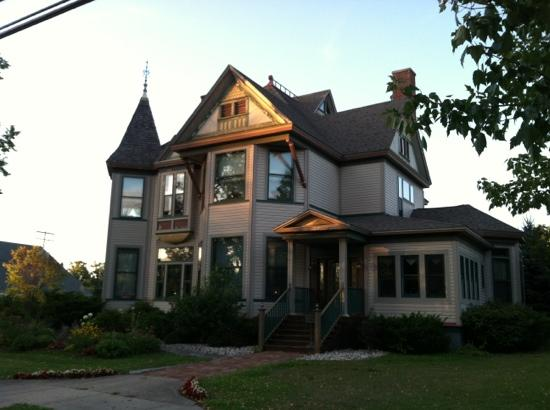 Hanson House Bed and Breakfast