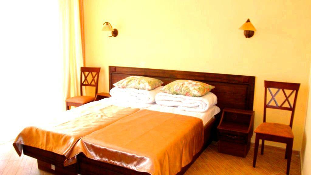 Perevalnoe Eco Hotel