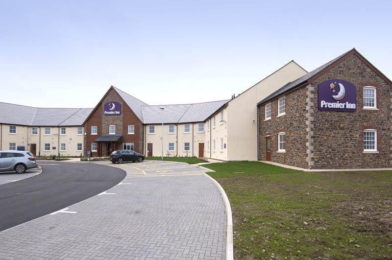 Premier Inn Camborne Hotel