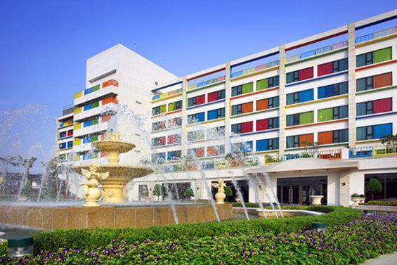 フーロン ホテル リーパオ ランド