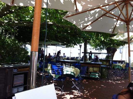 Schiff Hotel Restaurant Bar