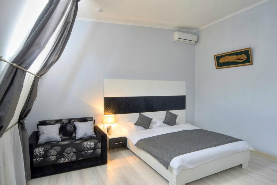 Best season apart hotel updated 2018 reviews price for Chambre a air 312 x 52 250
