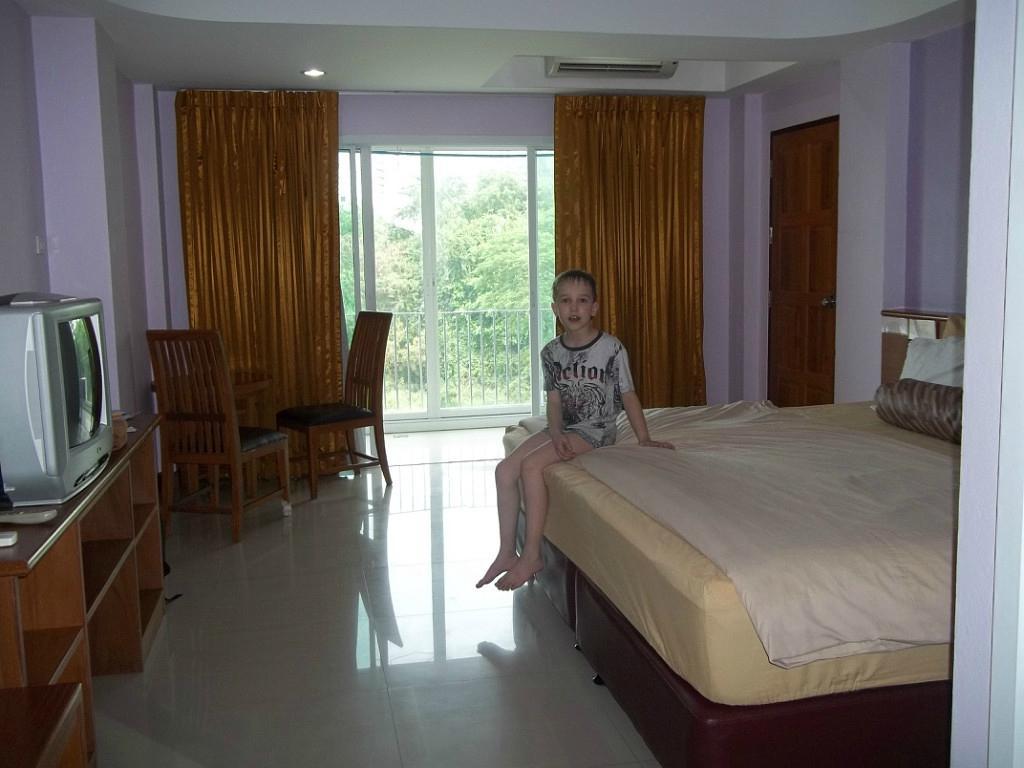 KP Seaview Jomtien Hotel