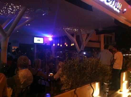 Doma Lounge
