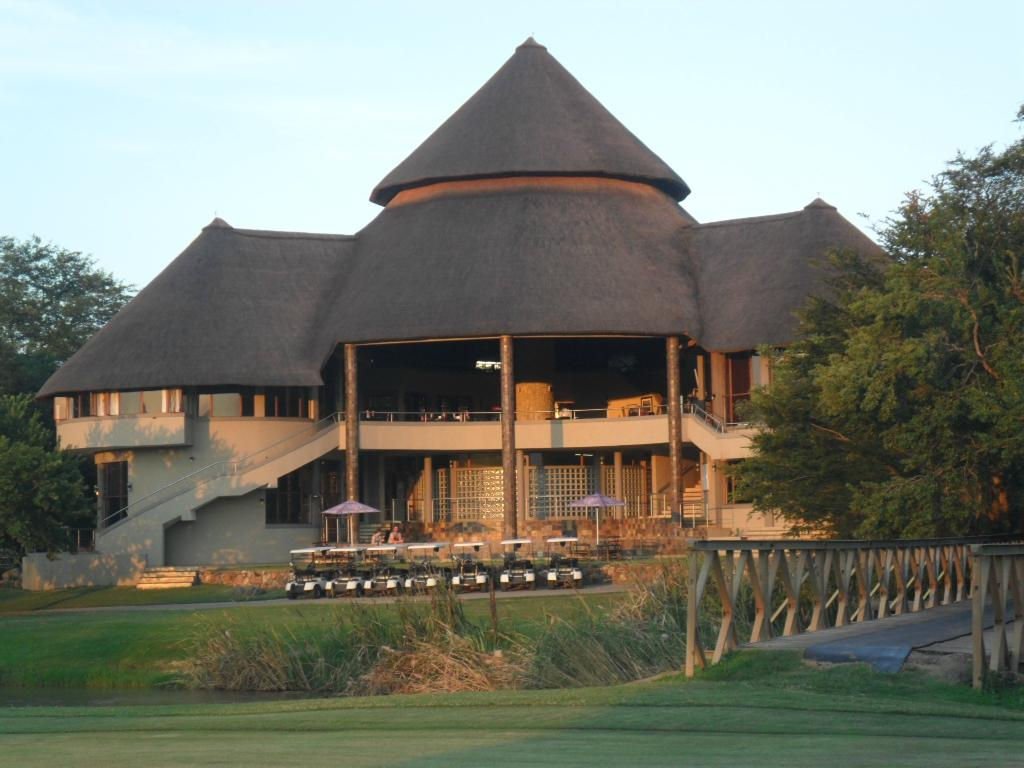 Nkonyeni Lodge & Golf Estate Hotel
