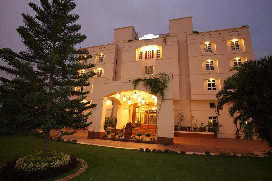 Udaipur Hotels 3 Star Hotel Paras Mahal