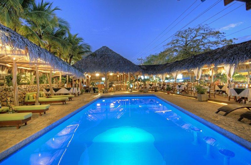 可可海滩酒店