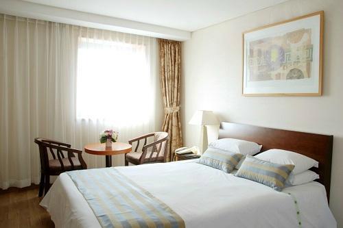 Cheongpung Lake Hotel
