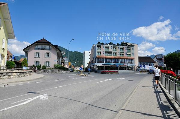 Hotel de Ville, Broc