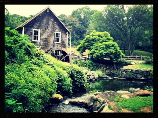 ‪Stony Brook Grist Mill and Museum‬
