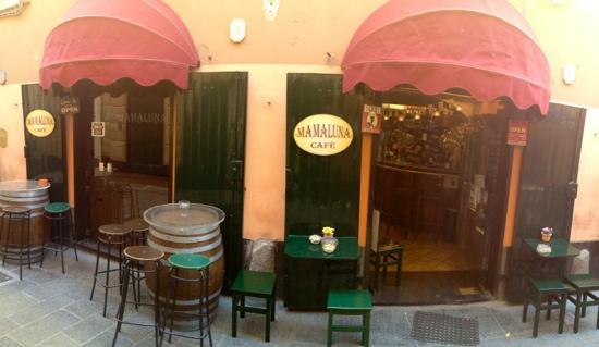 Mamaluna Cafe'