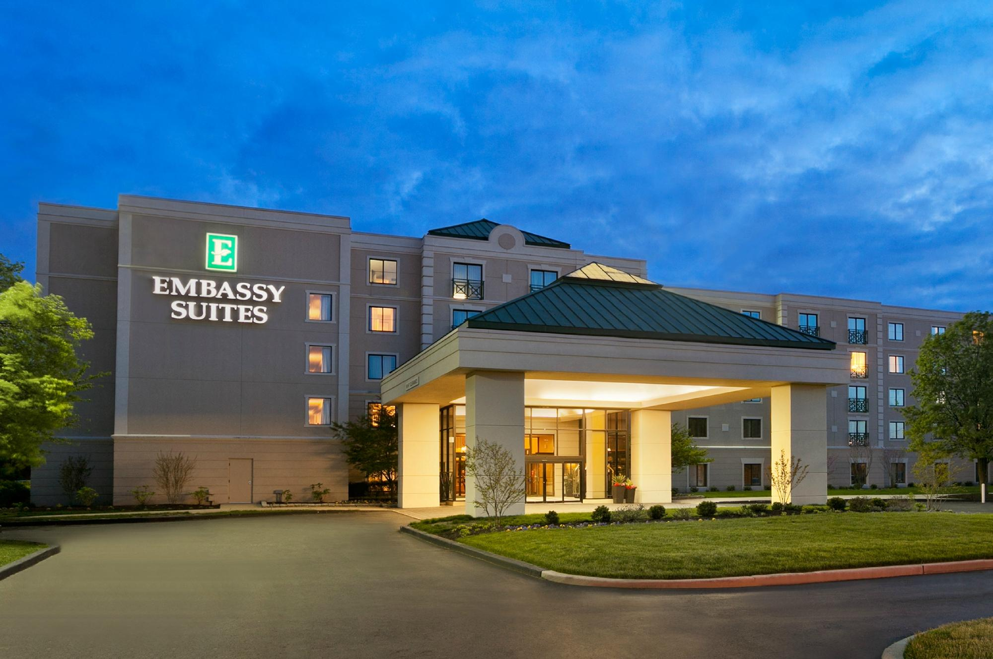 Embassy Suites by Hilton Philadelphia - Airport