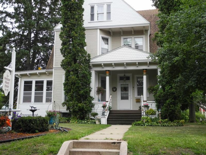 Gollmar Guest House