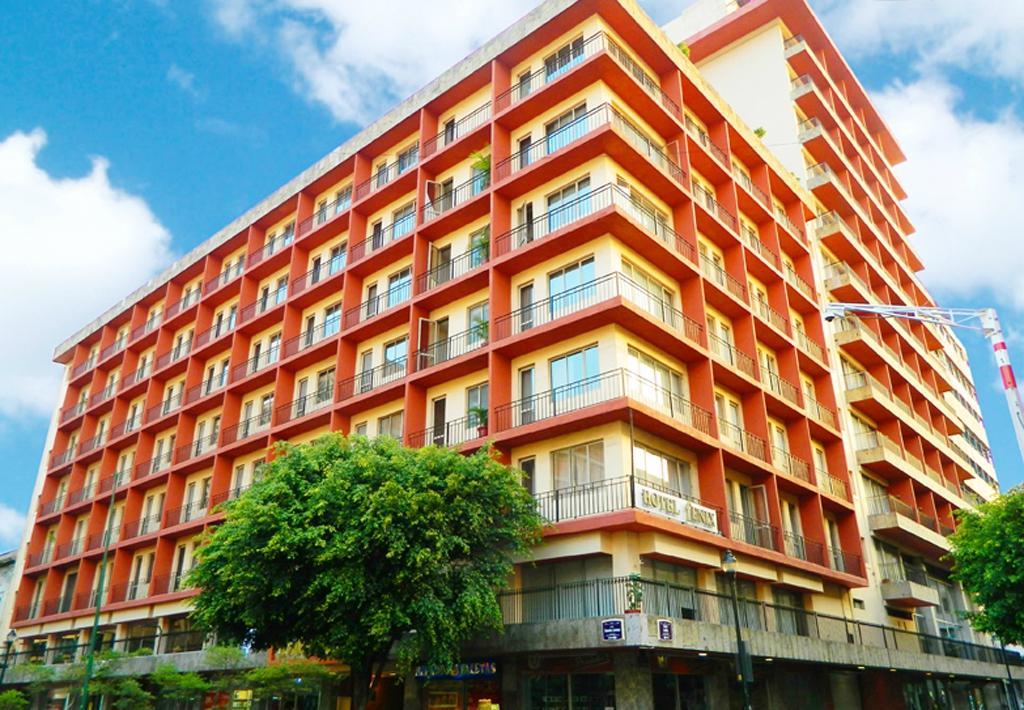 フェニックス ホテル グアダラハラ