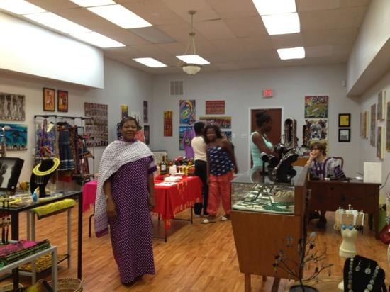 Sanaa Gallery and Gift Shop
