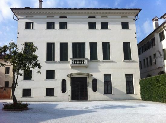 Palazzo Giacomelli