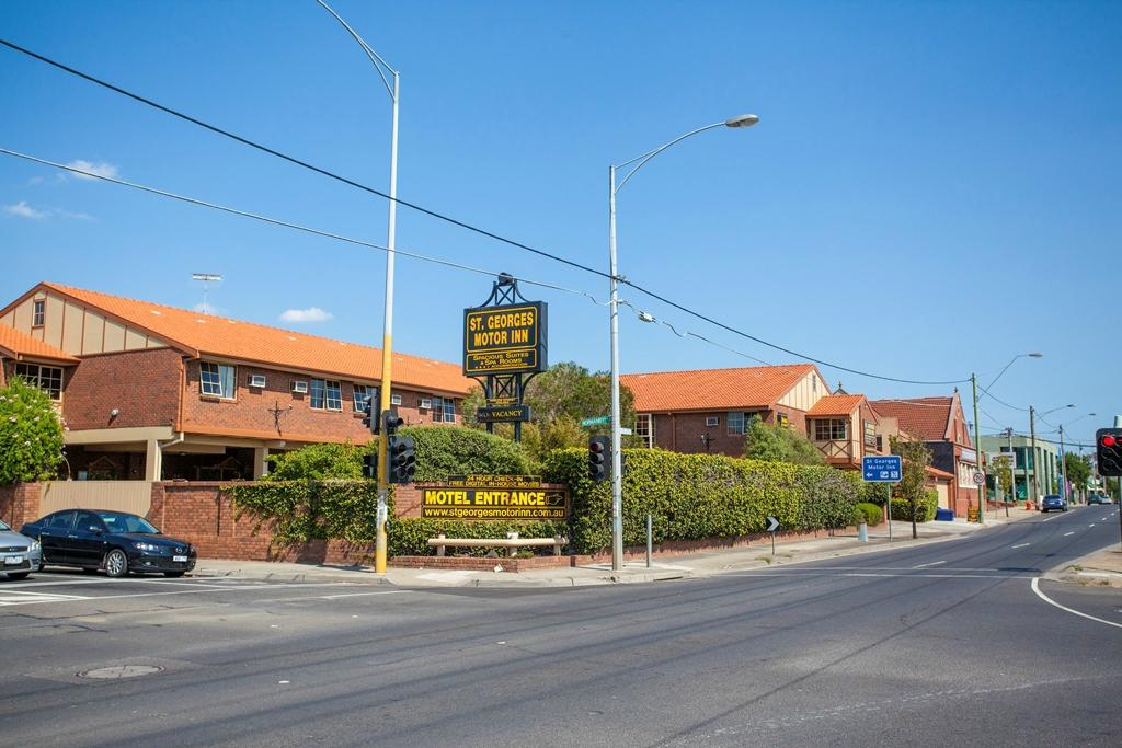 St Georges Motor Inn Updated 2017 Motel Reviews Price Comparison And 33 Photos Thornbury