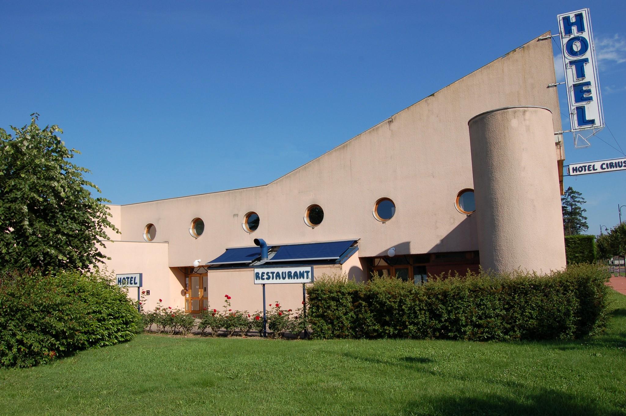 Cirius Hotel