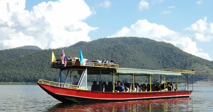 Eakachai Houseboat Chiang Mai