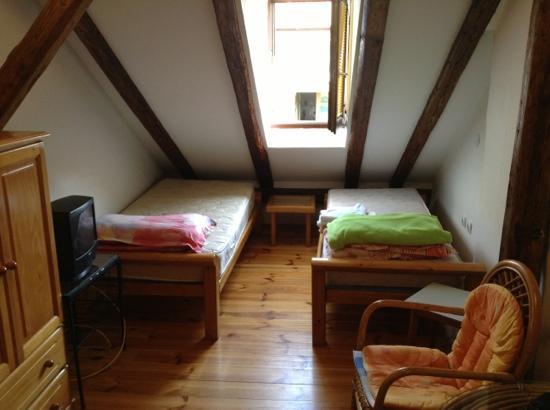 Lazin Hostel