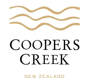 ‪Coopers Creek Vineyard‬